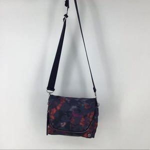 Lululemon cross body light weight travel purse
